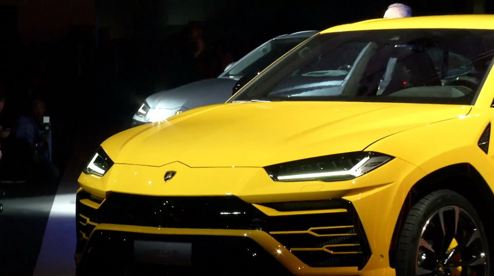 Lamborghini Launches Urus Super Suv Gives It 641hp To