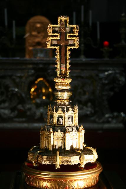 Σταυροθήκη με τεμάχιο Τιμίου Ξύλου της Brescia