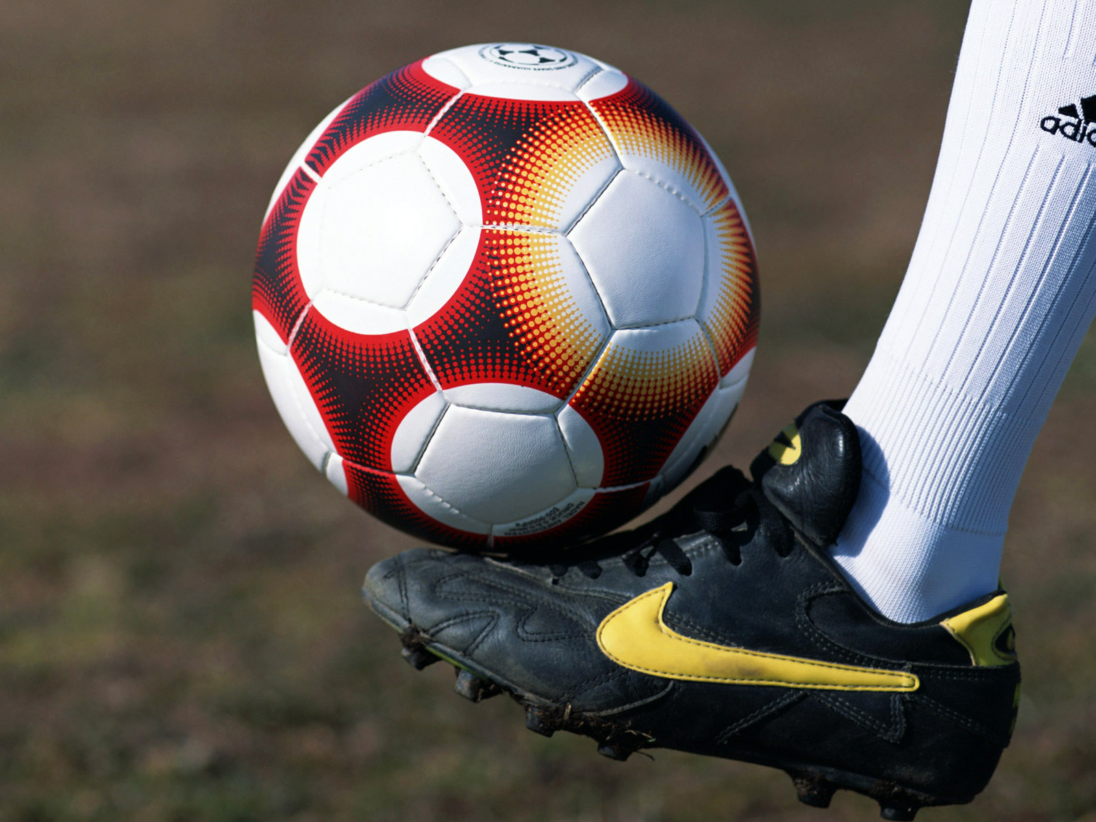 Football Wallpapers Desktop Background: Stock Free Images: September 2011