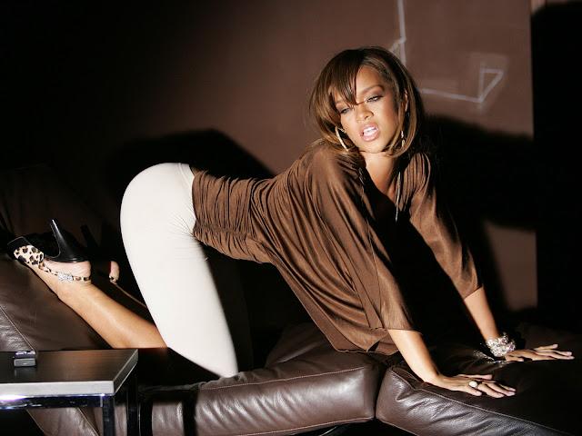 Video: Rihanna - Jungle, con SZA (Explicit) (Audio)
