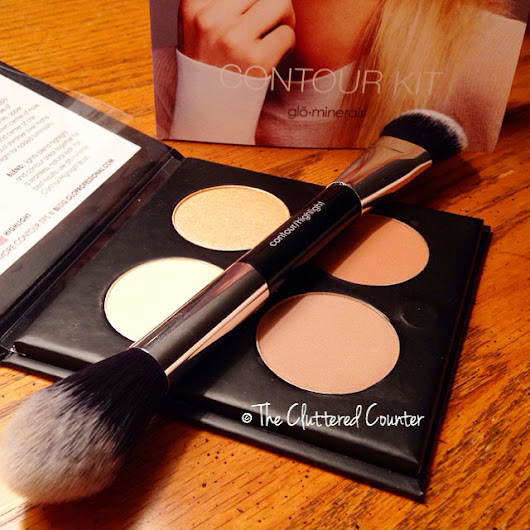 THE CLUTTERED COUNTER: Get Your Contour On! (glo Minerals Contour Kit Review)