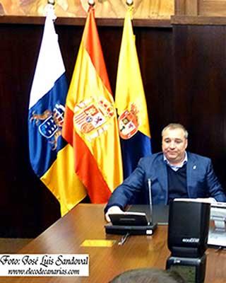 Miguel Ángel Ramírez, presidente de la UD Las Palmas, será detenido cuando regrese a España