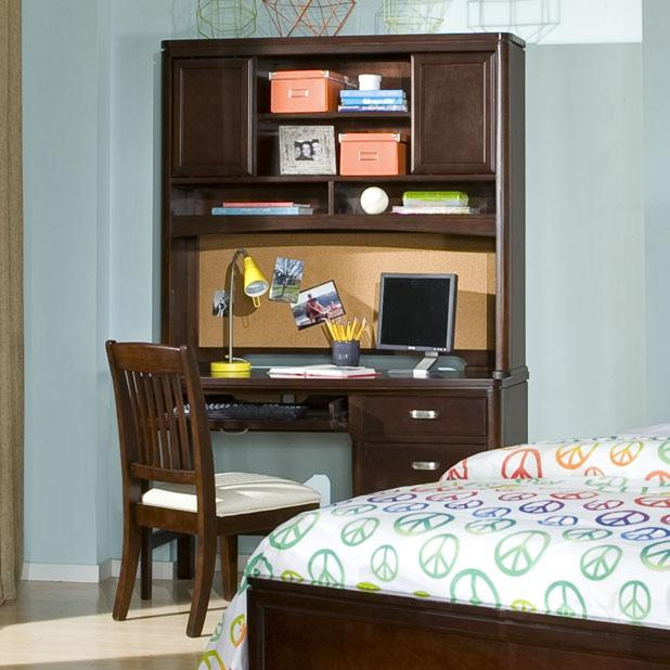 Knoxville Wholesale Furniture: Legacy Classic Park City