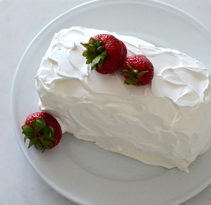 no-bake-strawberry-cake