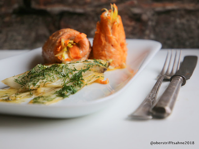 Saiblingsröllchen mit Gemüse und Salzzitronen