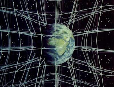 Accelerant raigs de llum en un espai corbat