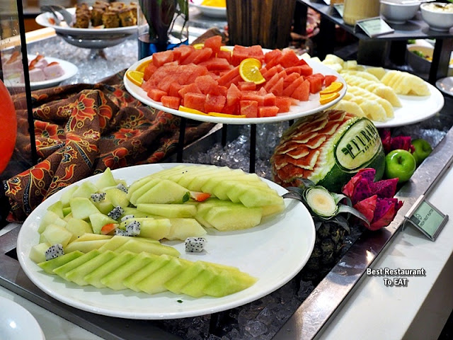 WEEKEND BBQ SEAFOOD BUFFET Menu - Local Fruit Platter