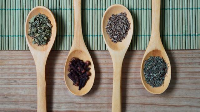 ¿Comemos excrementos de ratón o de pájaro?: así consigue beneficios la industria alimentaria