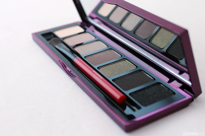SMASHBOX COSMETICS // Fade To Black Photo-Op Eyeshadow Palette in Fade In - CassandraMyee