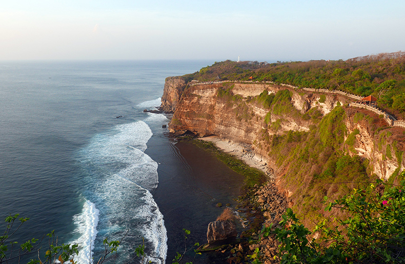 Euriental | fashion & luxury travel | Uluwatu temple cliff, Bali