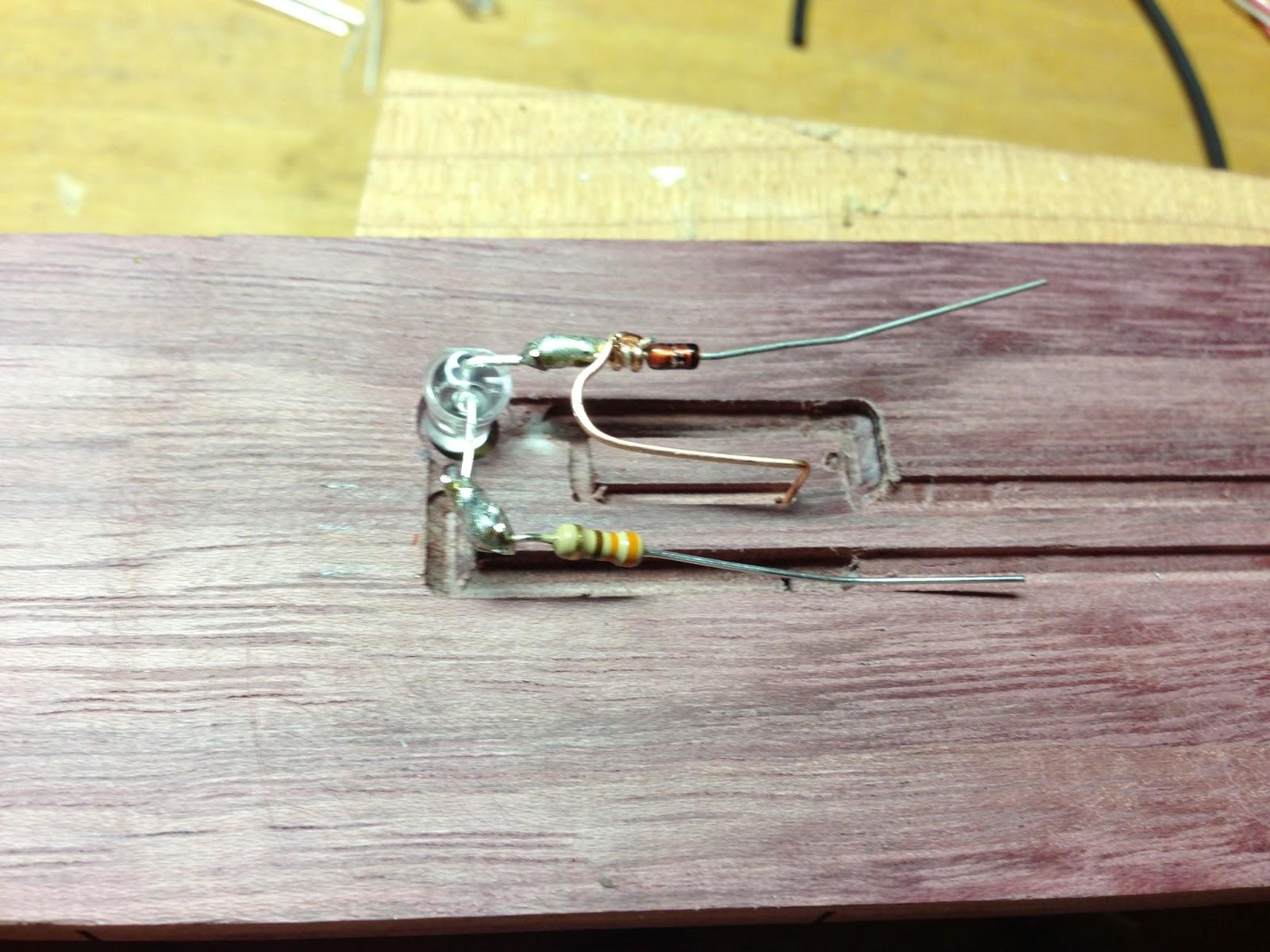 diyguitarman led guitar 2 more milling soldering. Black Bedroom Furniture Sets. Home Design Ideas