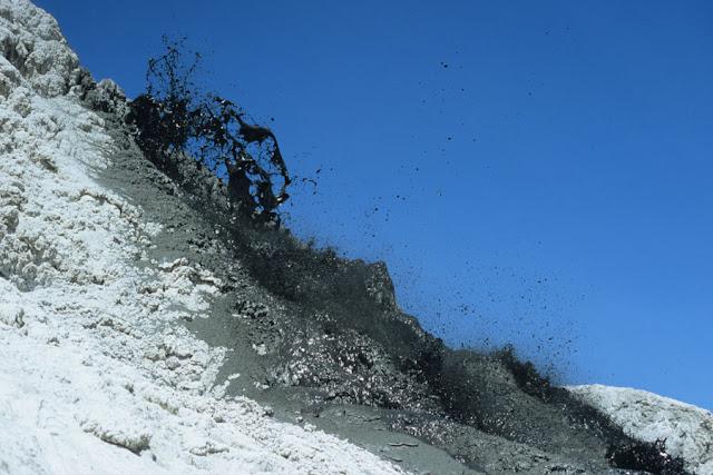 أولدويني لنغاي,بركان,أسود,حمم,برودة,تنزانيا,براكين