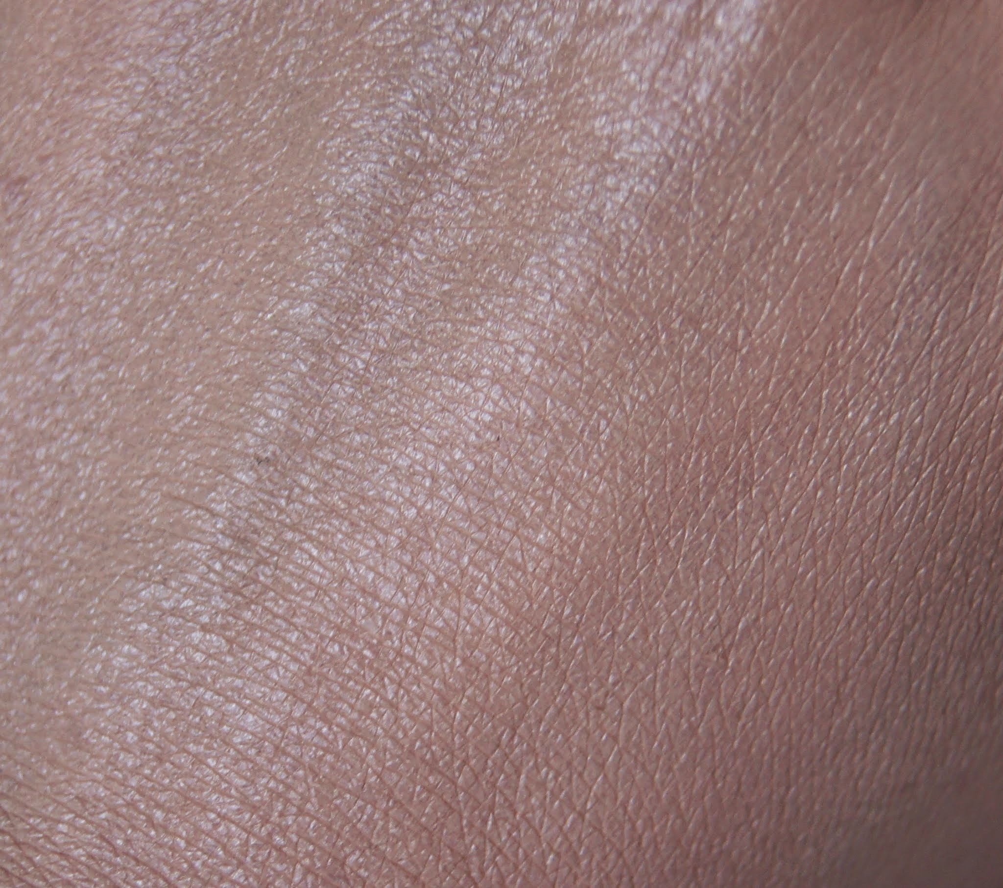 Revlon Colourstay Oily/Combination Foundation 180 Sand Beige Swatch