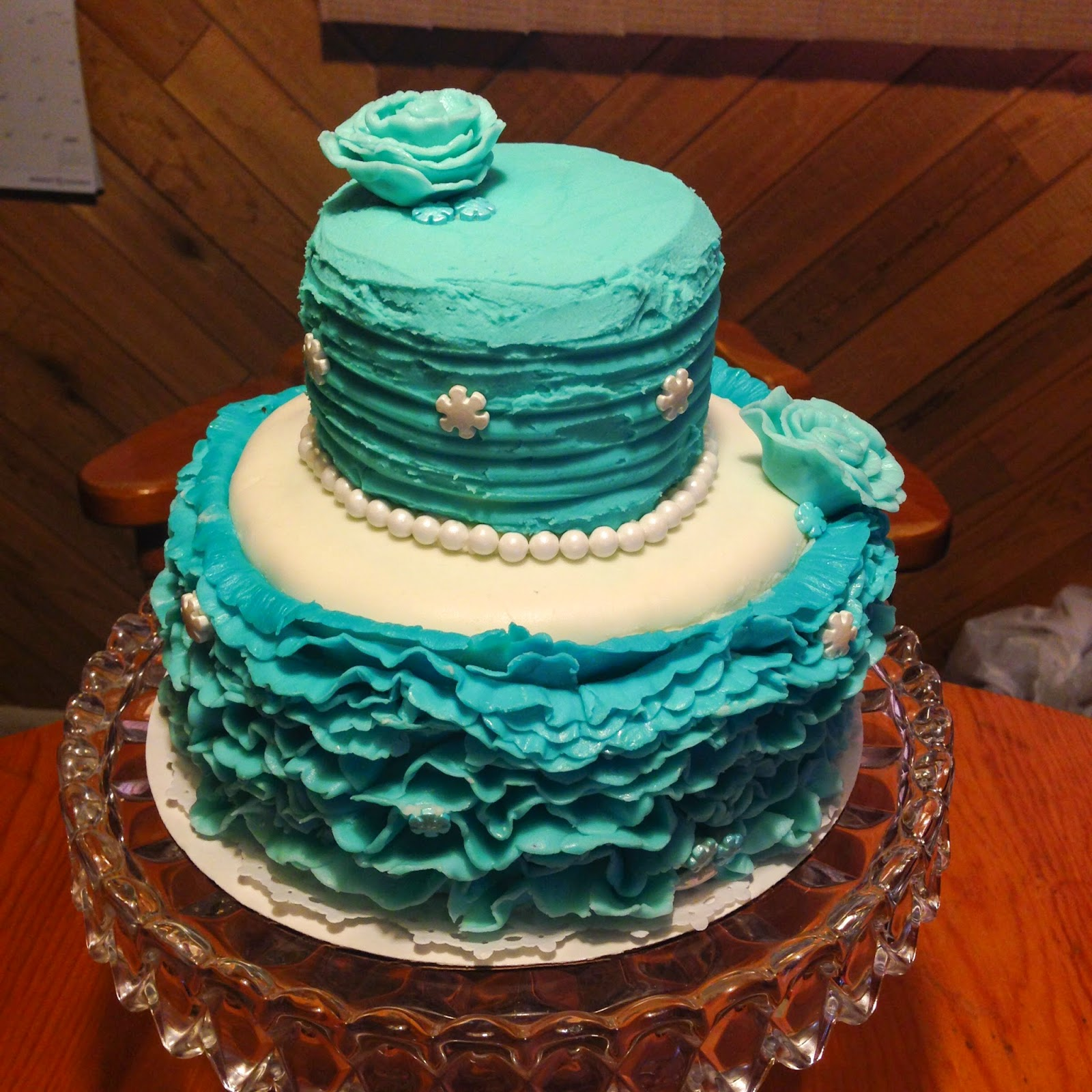 Frozen Birthday Party:  Ruffled Fondant Cake + more ideas from Alice Scraps Wonderland