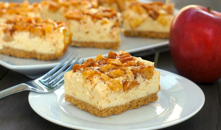 Featured Recipe: Caramel Apple Cheesecake Bars from Fearless Homemaker #SecretRecipeClub #recipe