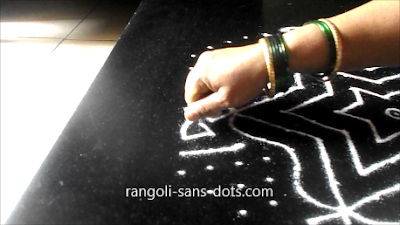New-Year-kolam-with-dots-2612ai.jpg