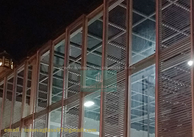 Atap Kaca Stasiun Senen