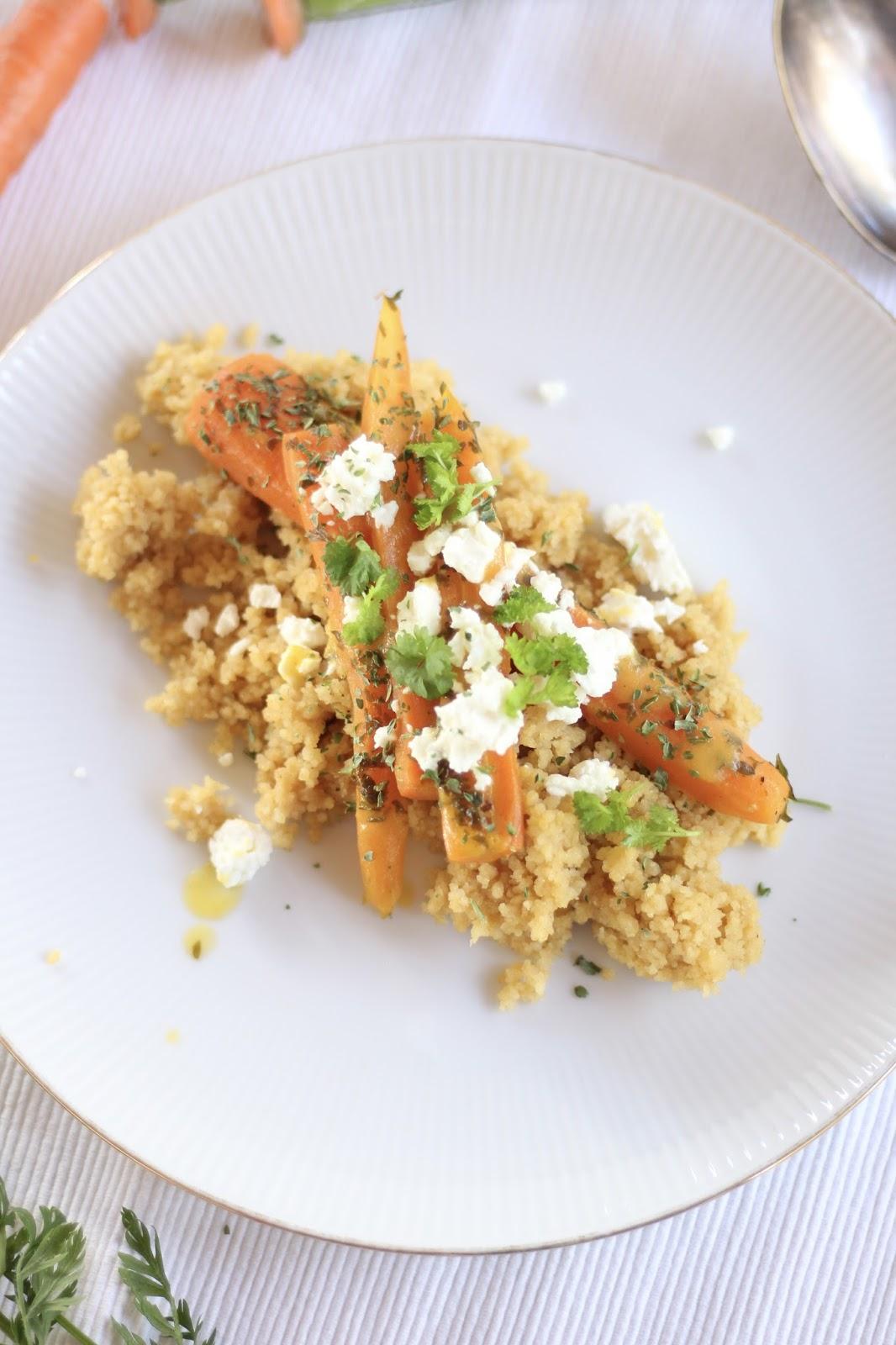 Orangencouscous mit gedünsteten Karotten