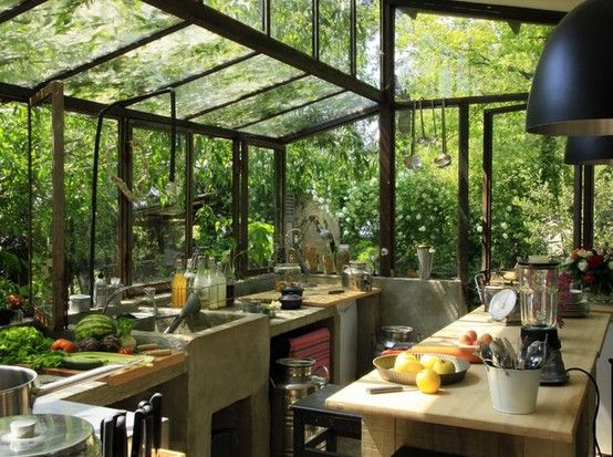 Moon to moon green house garden room dining for House and garden kitchen photos