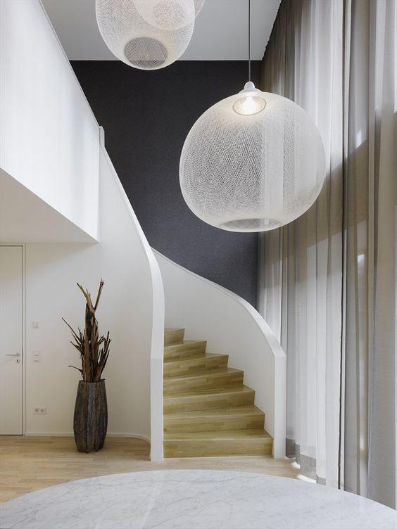 pellmell cr ations question r ponse quel luminaire choisir pour un escalier contemporain. Black Bedroom Furniture Sets. Home Design Ideas