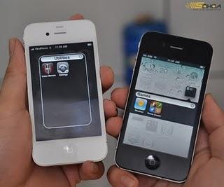 White iPhone 4 vs Black iPhone 4 [Comparison Images