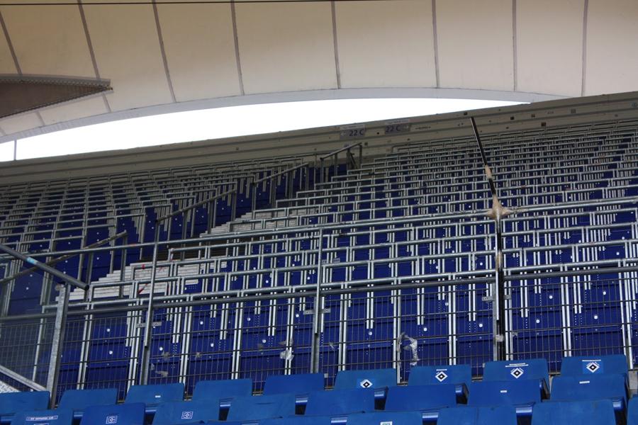tecnologia posti rail seat safe standing stadi architettura