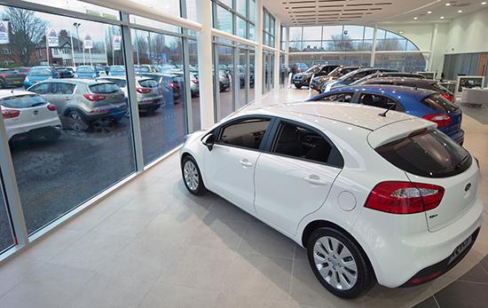 ما هو أفضل أسوء وقت لشراء سيارة جديدة ؟