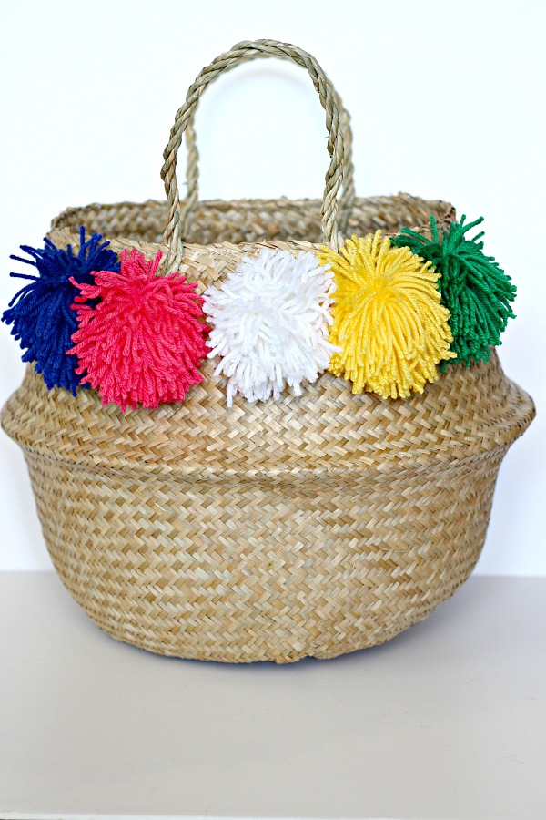 DIY craft, pom pom basket, craft tutorial, how to make a pom pom