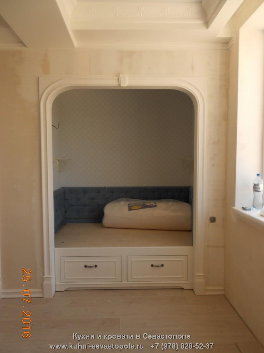 Односпальная кровать купить в Севастополе