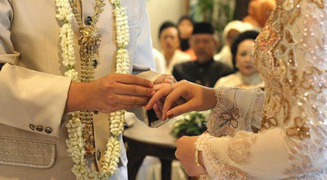 Menikah Sebagai Ciri Khas Makhluk Hidup