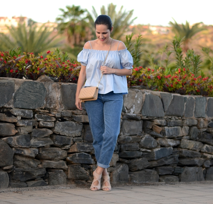 h&m-top-zara-mom-jeans-outfit-street-style