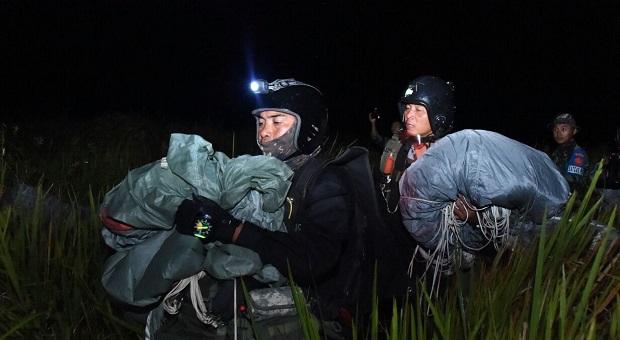 Tim KDOL PPRC TNI Memasuki Daerah Musuh Dengan Senyap