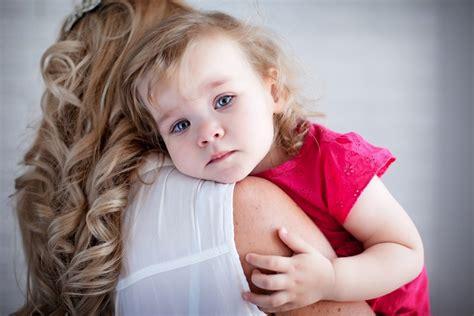 Tahap Perkembangan Emosi Anak Usia Batita