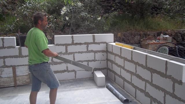 El maestro de obras xavier valderas los bloques hormig n for Como construir una piscina en chile
