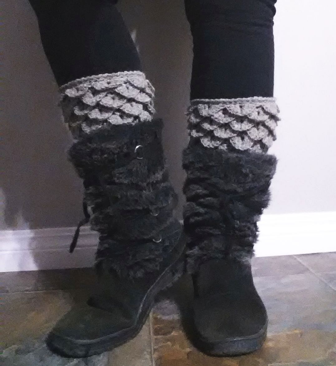 365 crochet dragon scale armour boot cuffs free crochet pattern bankloansurffo Images