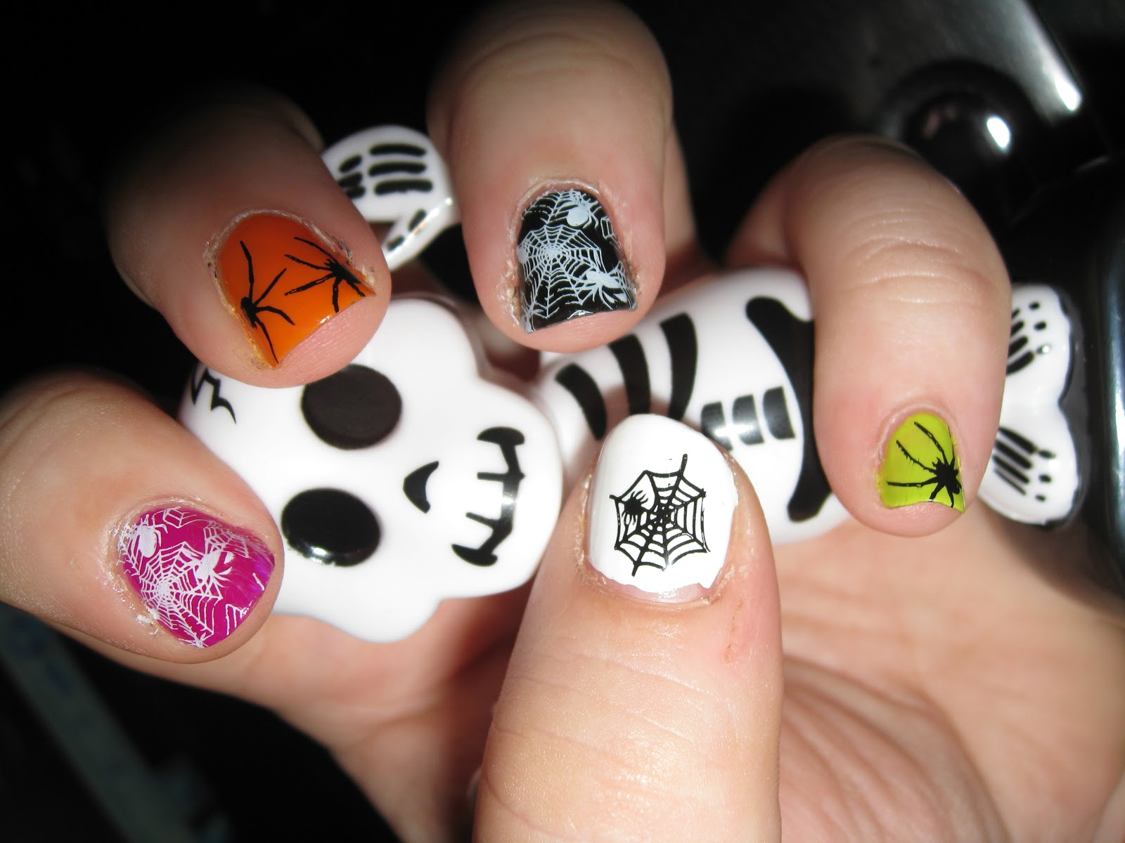 hopemarie123: Halloween Nail Art Designs