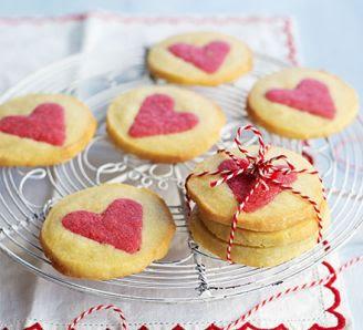 https://3.bp.blogspot.com/-c4JJtmY7LSE/VrR7JWASNjI/AAAAAAAADic/2vElaGXexSc/s400/slice-and-bake-valentines-biscuits.jpg