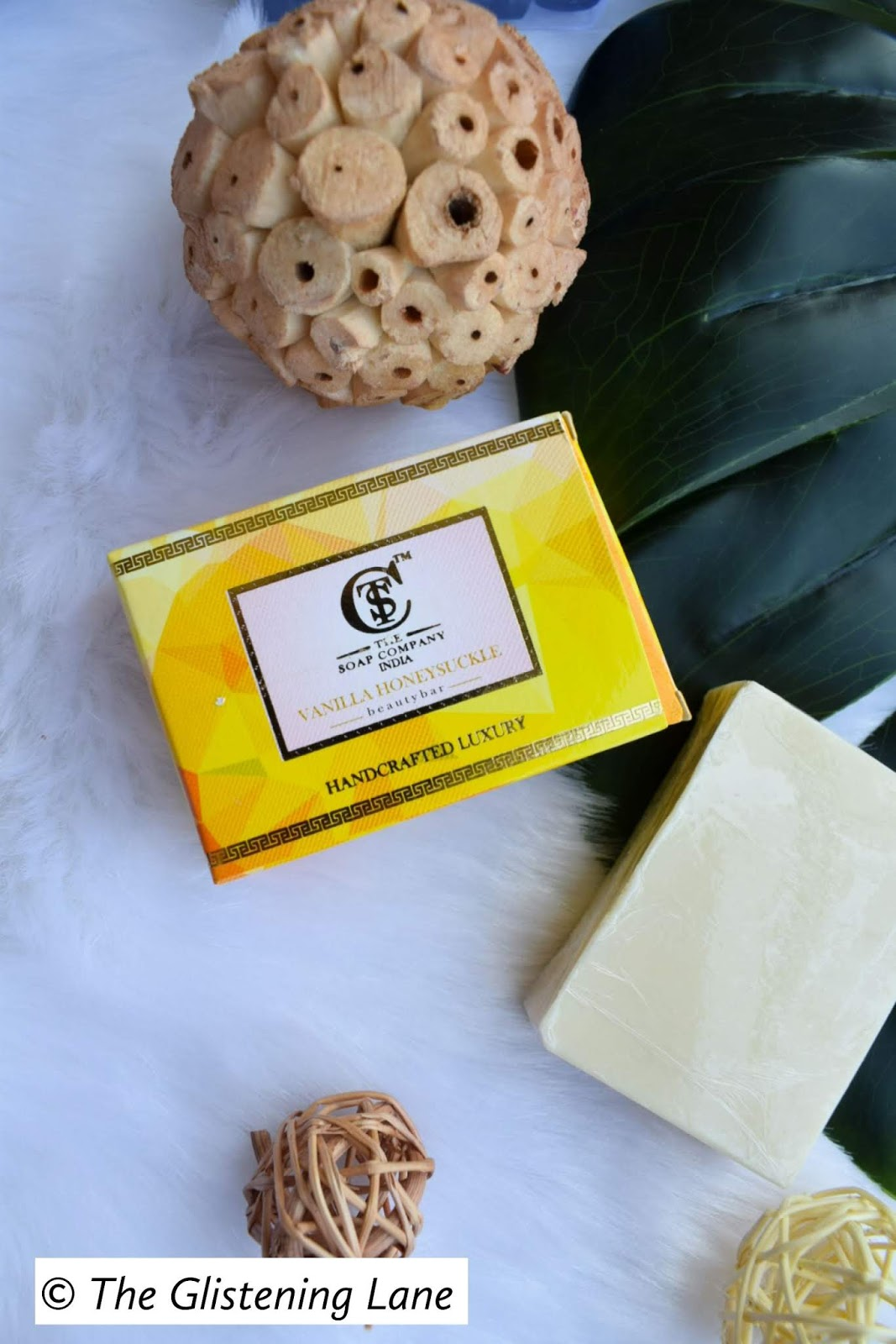the-soap-company-india-handcrafted-luxurysoap-vanilla-honeysuckles