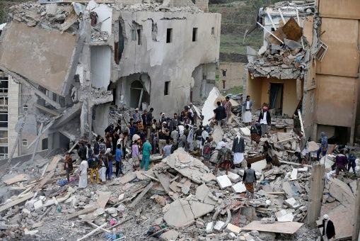 Arabia Saudita admite bombardeo por error en Yemen