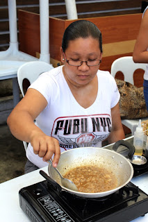 Cebu Street Food - Tuslob Buwa, Pig's Brain Fondue, Cook-it-Yourself Restaurant