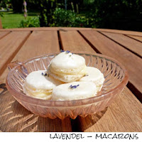 http://inaisst.blogspot.de/2013/07/lavendel-macarons.html