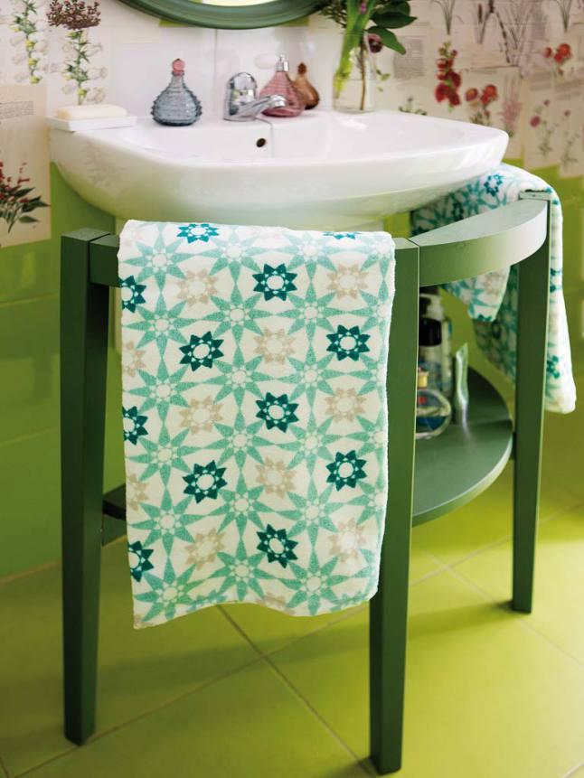 mueble de baño verde intenso