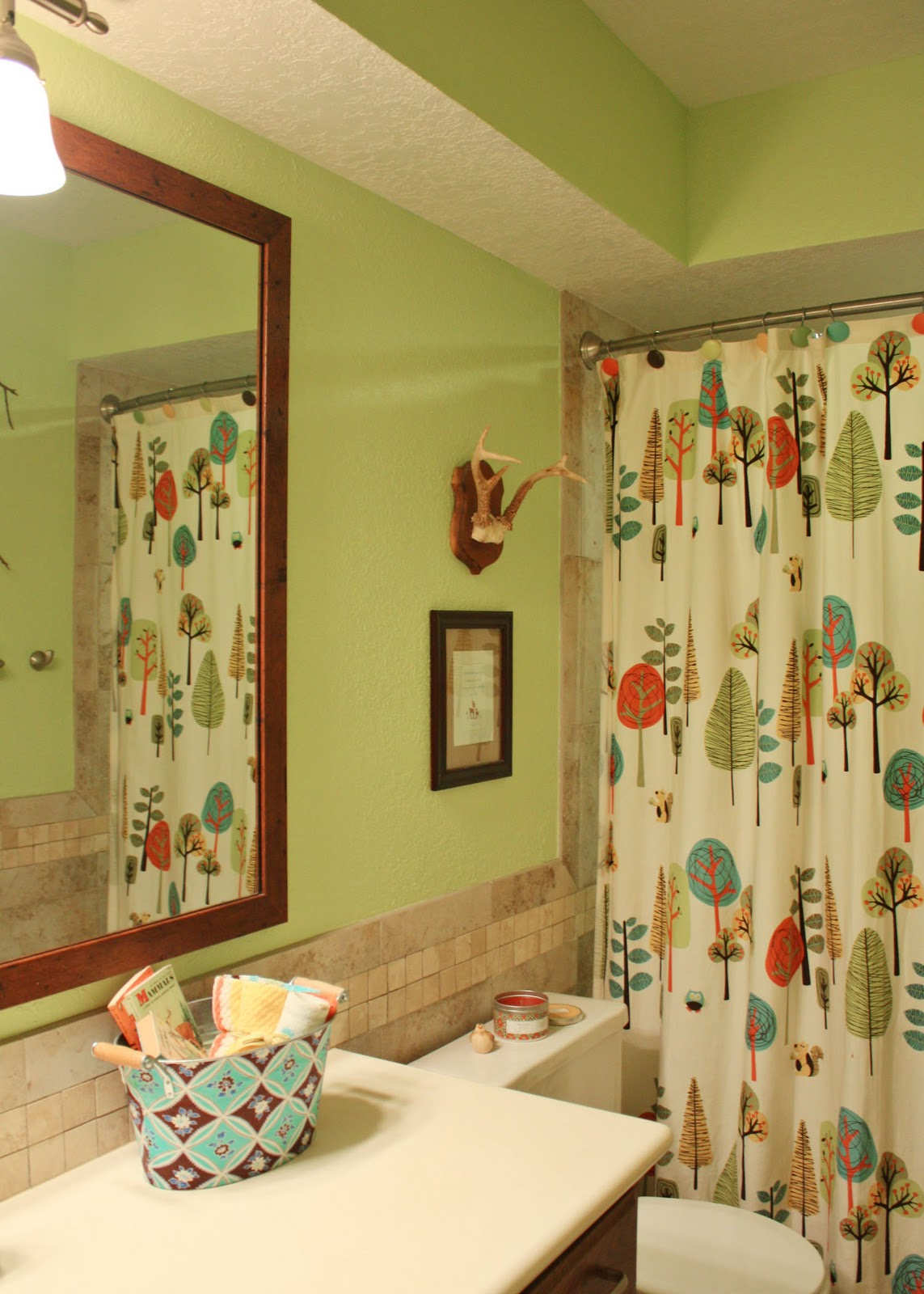 amy j delightful blog HOME SWEET HOME TOUR Guestkids Bathroom
