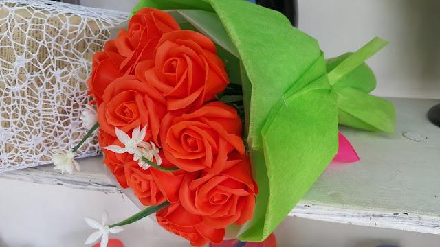 Hoa hong sap thom vinh cuu o Hang Chai