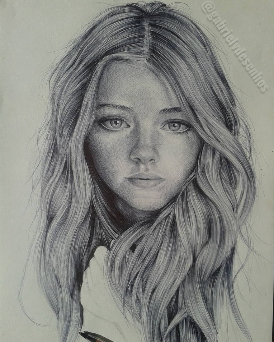 08-Gabriel-Vinícius-Black-and-White-Realistic-Ballpoint-Pen-Drawings-www-designstack-co