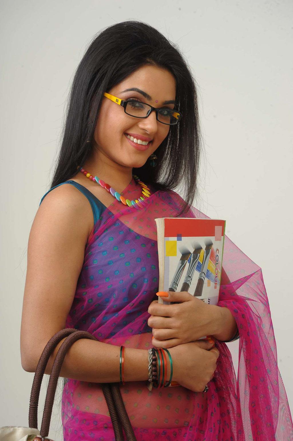 Kavya Singh Hot Saree Stills In Sorry Teacher Movie  All Pics-1627