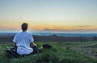 اليوغا أو التأمل