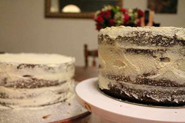 Stacking A Wedding Cake With Dowels