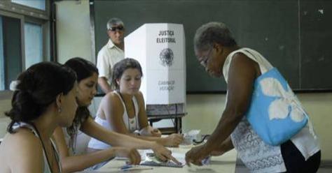 Eleitor que não justificou ausência tem até dezembro para regularizar situação