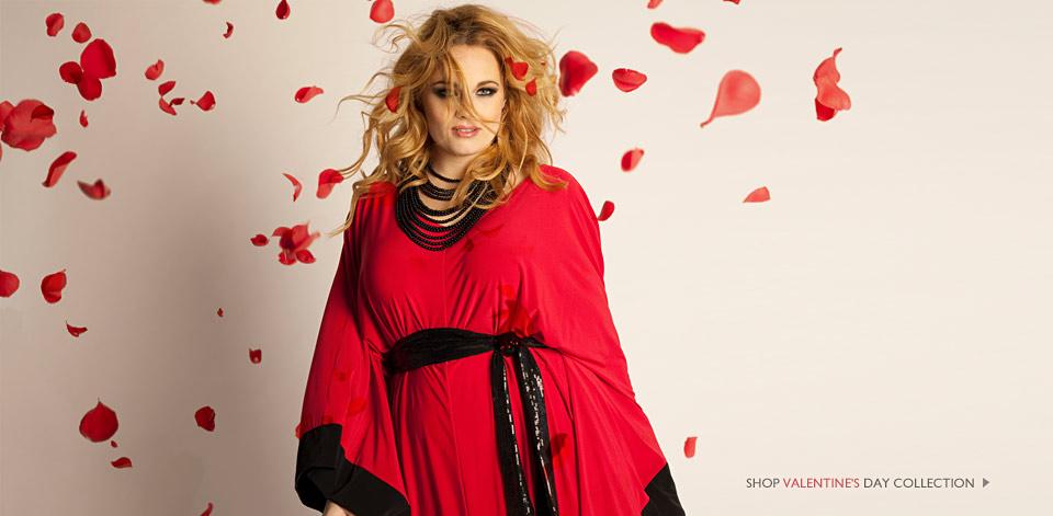 En röd fin klänning från IGIGI något för Valentines day kanske  Halsbandet  är snyggt till. På deras sida har en köpare recenserat sitt köp av  klänningen 76f5d318af9de